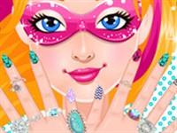 Barbie Manikür Yapıyor