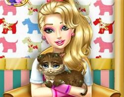 Barbie Yaralı Kedi Bakımı