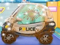 Bebek Polis Arabası Yıkama