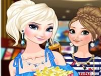 Elsa ve Anna Sinemaya Hazırlık
