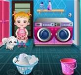 Hazel Bebek Çamaşır Yıkıyor