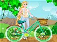 Rapunzel Bisikletini Tamir Ediyor