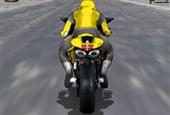 Trafikte Motor Yarışı